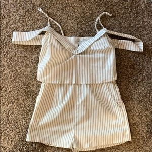 White and navy romper, size M, new with tags